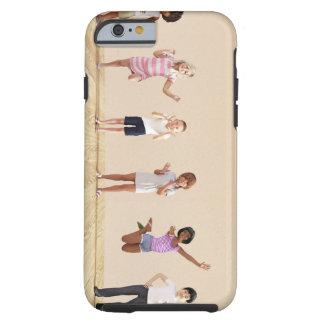 Glückliche Kinder in einer Tagesbetreuung oder Tough iPhone 6 Hülle