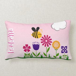 Glücklicher Bienen-Blumen-Garten personalisiert Lendenkissen