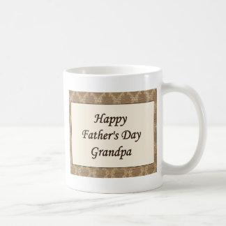 Glücklicher der Vatertags-Großvater Teehaferl
