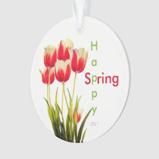 Glücklicher Frühlings-rote Tulpen mit Ornament