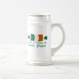 Glücklicher irischer Papa Bierglas