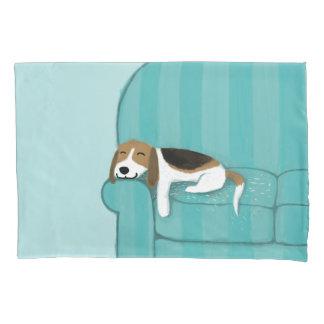 Glücklicher niedlicher Hund des Couch-Beagle-| Kissenbezug