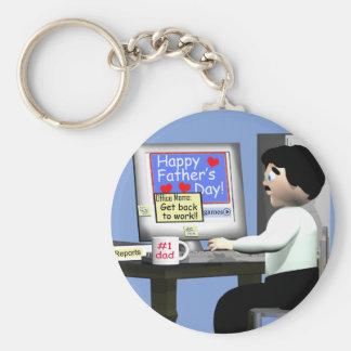 Glücklicher Vatertag im Büro Standard Runder Schlüsselanhänger