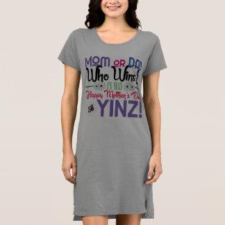 Glückliches Yinz der Tag der Mutter T-Shirt Kleid