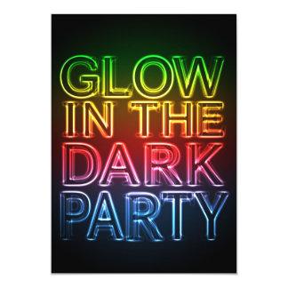 GLÜHEN-PARTY Glühen im dunklen Geburtstags-Party 12,7 X 17,8 Cm Einladungskarte
