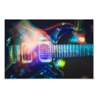 Glühende E-Gitarre Fotografische Drucke
