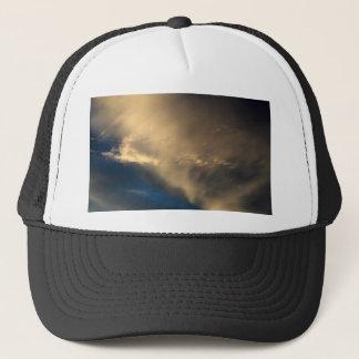 Glühende Wolken Truckerkappe