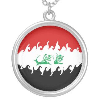 Gnarly Flagge des Iraks Halskette Mit Rundem Anhänger