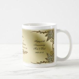 Goldene Hochzeits-Jahrestags-Tasse