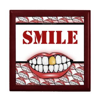 Goldener Zahn-Lächeln-Kasten Geschenkbox