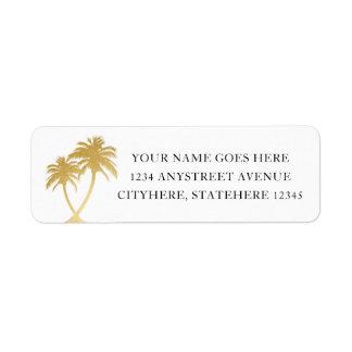 Goldpalme für Strand-Hochzeit in Urlaubsort