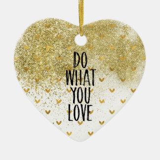 Goldschillernde Herzen tun, was Sie Liebe Keramik Ornament