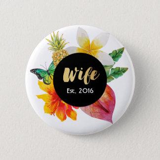 Goldskript-Ehefrau-tropisches Blumen Runder Button 5,1 Cm