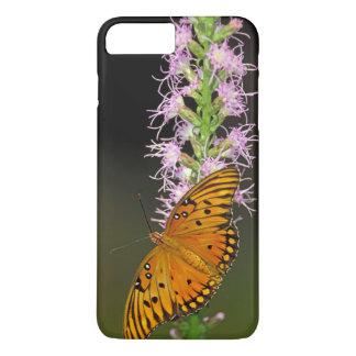 Golffritillary-Schmetterling auf Blazingstar Blume iPhone 8 Plus/7 Plus Hülle