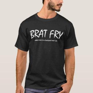 Görn-Fischrogen - bald kommend zu einem Hinterhof T-Shirt
