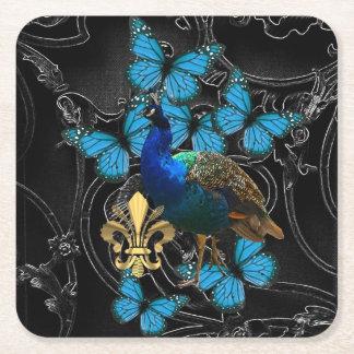 Gotischer Pfau und Schmetterlinge Rechteckiger Pappuntersetzer