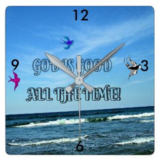 Gott ist ständig gut quadratische wanduhr