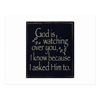 Gott passt über Sie auf Postkarte