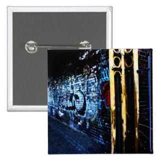 Graffiti bis zum Nacht Quadratischer Button 5,1 Cm