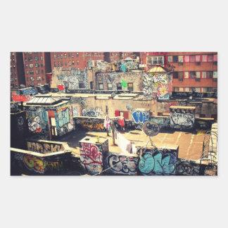 Graffiti de dessus de toit dans Chinatown Sticker Rectangulaire