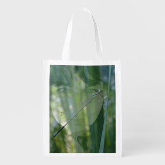 grand sac vert de dame sac d'épicerie