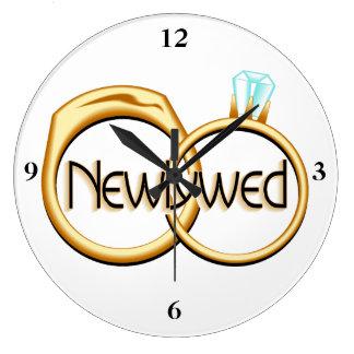 Grande Horloge Ronde Anneaux de mariage de nouveaux mariés