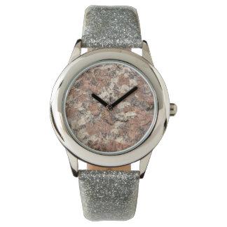 Granit-Felsen-Beschaffenheit --- Rosa Armbanduhr