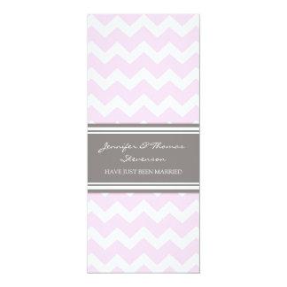 Graue rosa Zickzack gerade verheiratete Mitteilung 10,2 X 23,5 Cm Einladungskarte