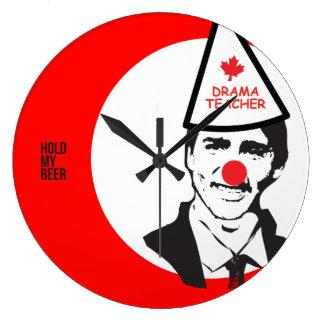 Griff Justin Trudeau mein Bier-Clown Kanada Große Wanduhr