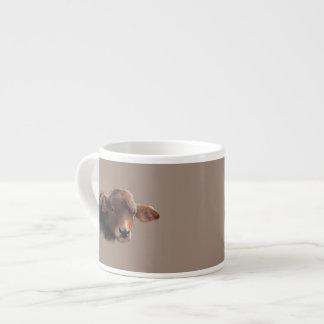 Grobes Brown-Kuh-Porträt Espressotasse