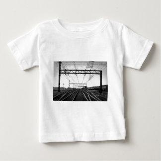 Großartiger Stamm-Bahnyard-Vintager Hafen Hurone Baby T-shirt
