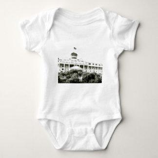 Großartiges Hotel, Mackinac Insel, Schwarzweiss Baby Strampler