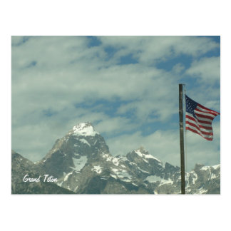 Großartiges Teton mit Flagge-Postkarte Postkarte