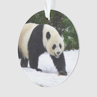 Große Pandas Smithsonian | im Schnee Ornament