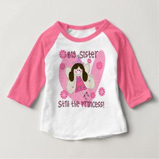 Große Schwester noch die Prinzessin Raglan T-shirt