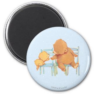 Großer Braunbär hilft wenig gelber Bär Runder Magnet 5,7 Cm