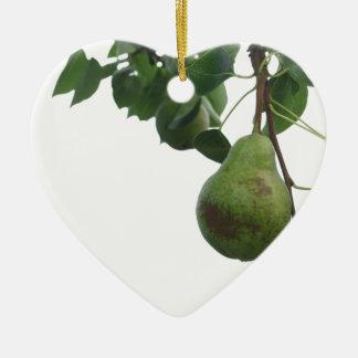 Grüne Birnen, die an einem wachsenden Birnenbaum Keramik Ornament