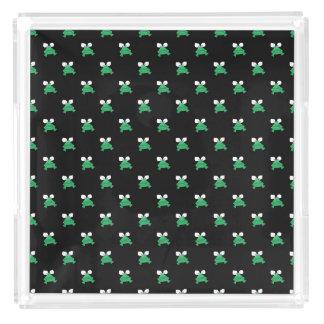 Grüne Frösche auf schwarzem Parfüm-Behälter Acryl Tablett