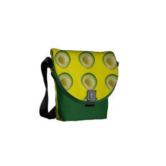Grüne gelbe Avocado-Verrücktheit Kurier Tasche