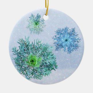 Grüne Spitze-Schneeflocken Keramik Ornament