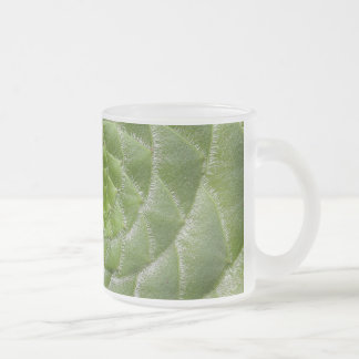grüner Blatmuster-Spiralenentwurf Matte Glastasse