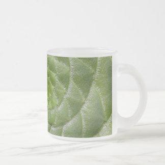 grüner Blatmuster-Spiralenentwurf Mattglastasse