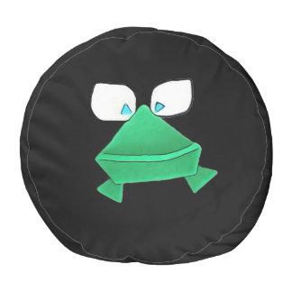 Grüner Frosch auf schwarzem rundem Puff Runder Sitzpuff