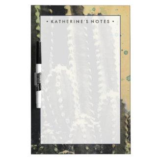 Grüner Kaktus auf gelbem Hintergrund Trockenlöschtafel