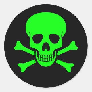 Grüner u. schwarzer Schädel-u. Knochen-Aufkleber Runder Aufkleber