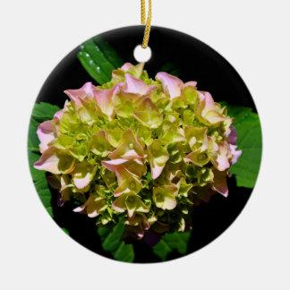Grüner und rosa Hydrangea Keramik Ornament