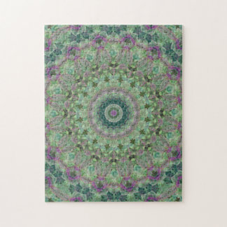 Grünes und lila Mandala-Kaleidoskop