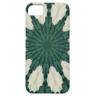 Grünes und silbernes BlattMandala. tropischen iPhone 5 Etuis