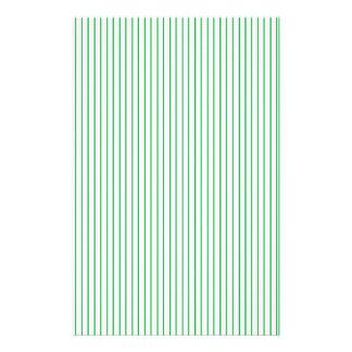 Grünes und weißes Nadelstreifen-Briefpapier Briefpapier
