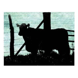 Grunge-Kuh-Silhouette Postkarte